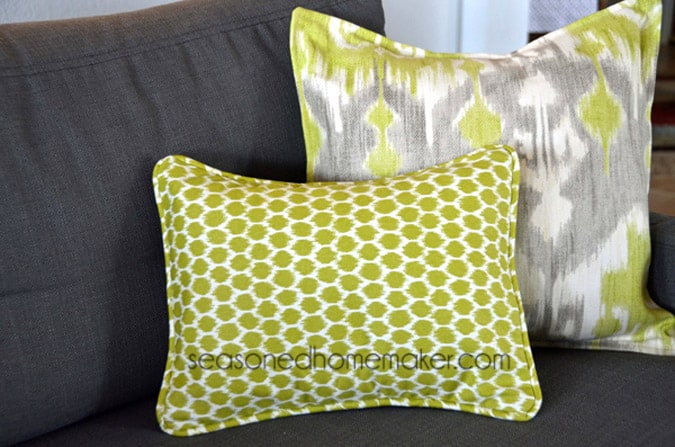 How To Make A Throw Pillow With Piping And Zipper : How to Add Piping to a Pillow