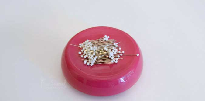 The Essential Guide to Sewing Pins - Sharp Pins