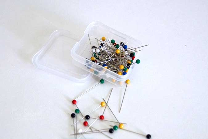The Essential Guide to Sewing Pins - Ball Point Pins