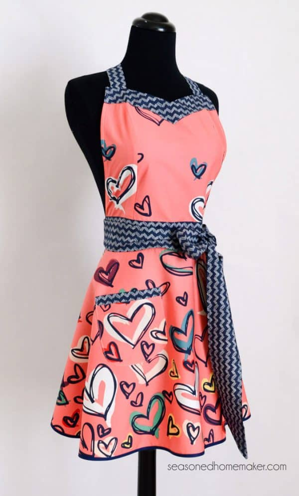 Sweetheart Chic Retro Apron Pattern