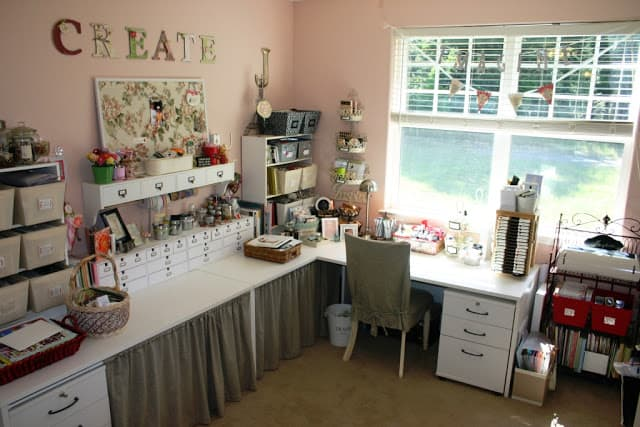 Sewing room ideas the seasoned homemaker for Sewing room layout