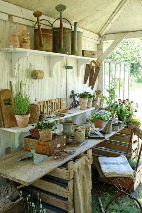 Interior Shed Decorating Ideas: The Seasoned Homemaker