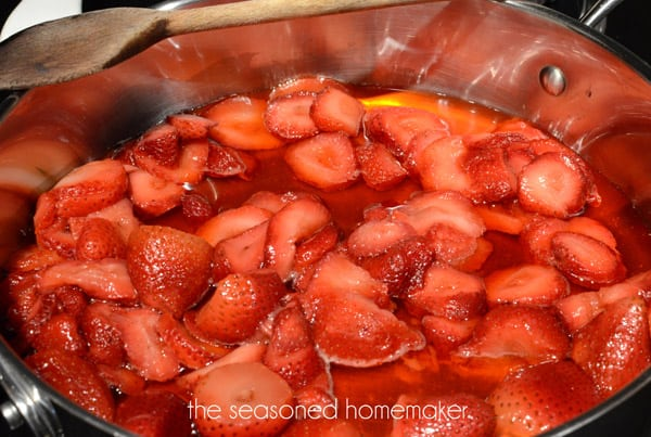 Do you love Homemade Organic Strawberry Jam? This is the easiest way to make fresh, organic Strawberry Jam. This recipe is for a single batch of Strawberry Jam that can be made in 15 minutes. It only uses 3-ingredients and is pectin-free. Best of all, this recipe works for other fruits, as well.