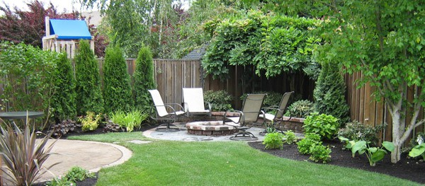 Corner Yard Landscaping Pictures | Modern Interior Decorating Ideas