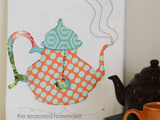 Try a little appliqué for last minute gifts. It's fast and easy and uses up some of those sewing scraps. This simple to sew Teacup and Teapot Tea Towel Tutorial includes patterns and a detailed tutorial.