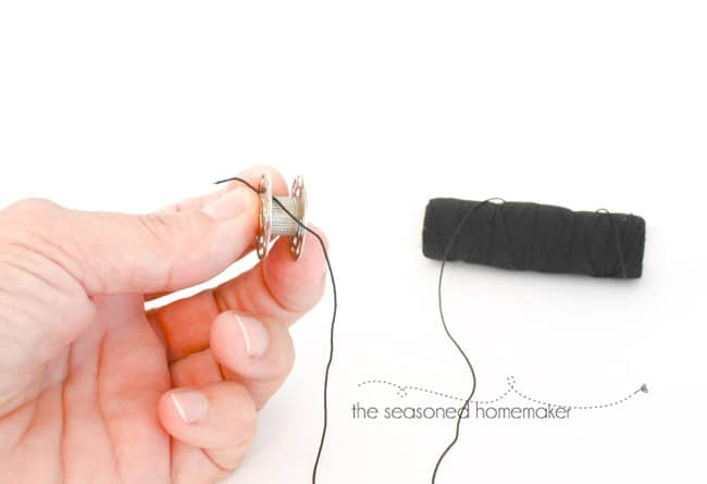 add elastic thread to bobbin