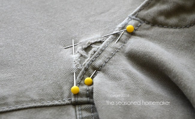 mending holes in jeans the seasoned homemaker. Black Bedroom Furniture Sets. Home Design Ideas