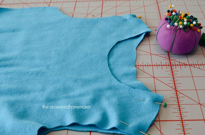 pinning shoulder seams