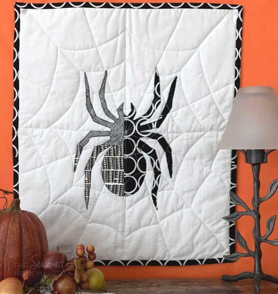 Halloween Spider Mini Quilt