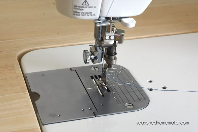 Review of the Juki TL-2010Q sewing and quilting machine. A straight stitch sewing machine that is perfectly designed for quilting.