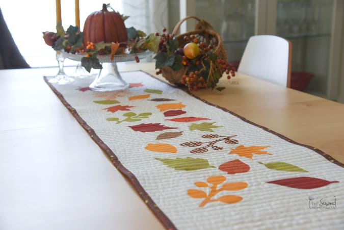 If you love fall decorating, but don't have a lot of time for quilting. Try one of these Quick and Easy Fall Pumpkin Quilts. I made the last one after dinner one night!