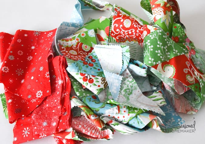 How to make Quilted Christmas Potholders.