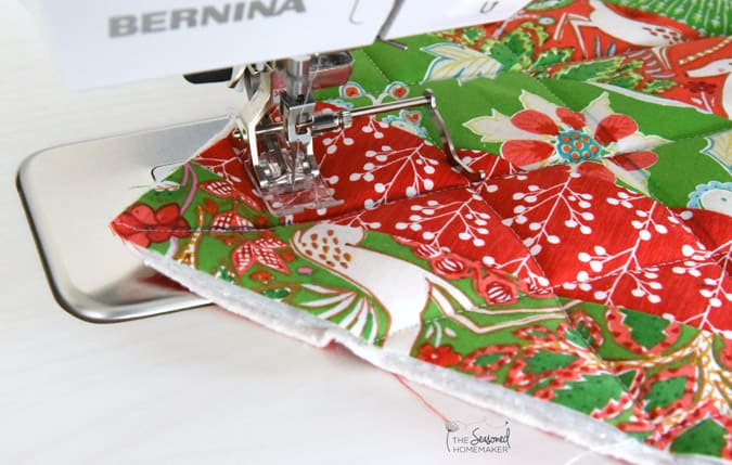 How to make a Christmas Potholders.