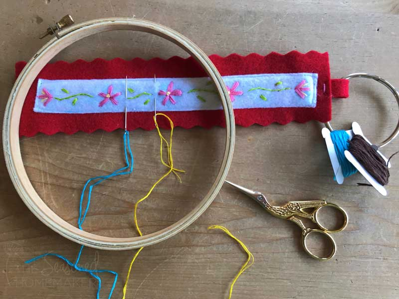 How to Make a Felt Needle Case for Embroidery