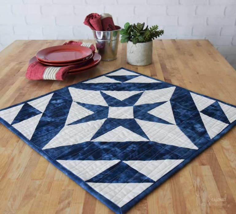 Midnight Star Table Topper