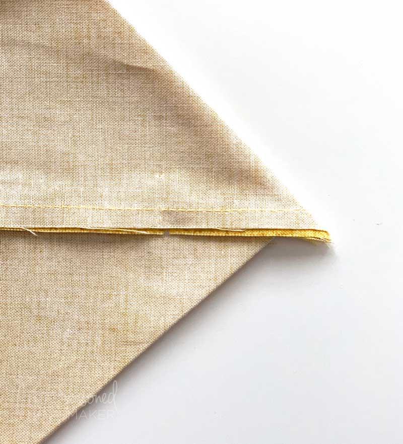 Make corner pleat for Simple Tote Bag Tutorial