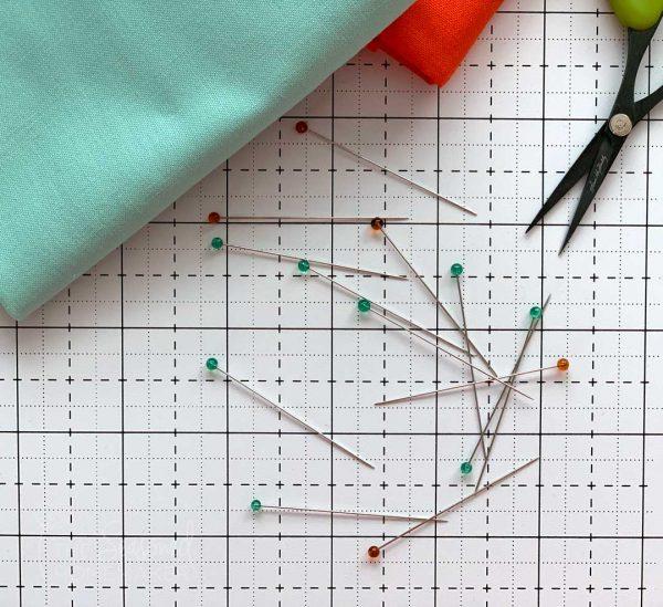 Clover Glass Head Pins on cutting mat