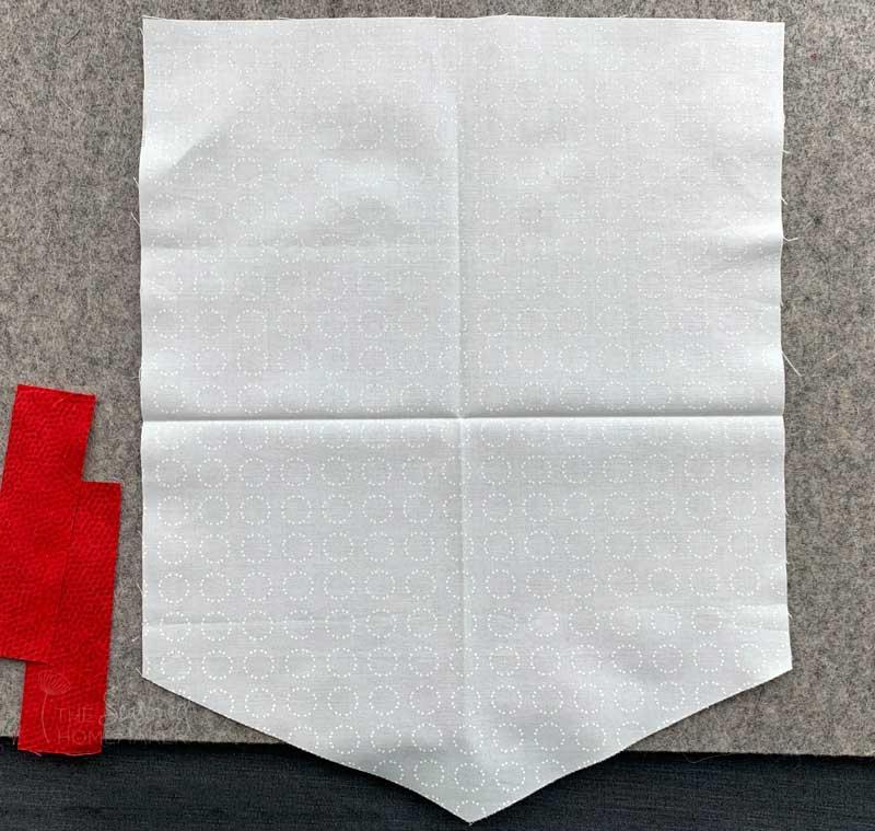 DIY Christmas Pennant Banner Tutorial - center crease