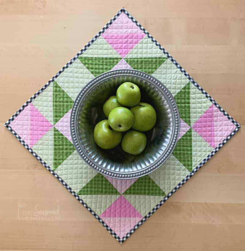 Simple Easter Mini Quilt with bowl of apples