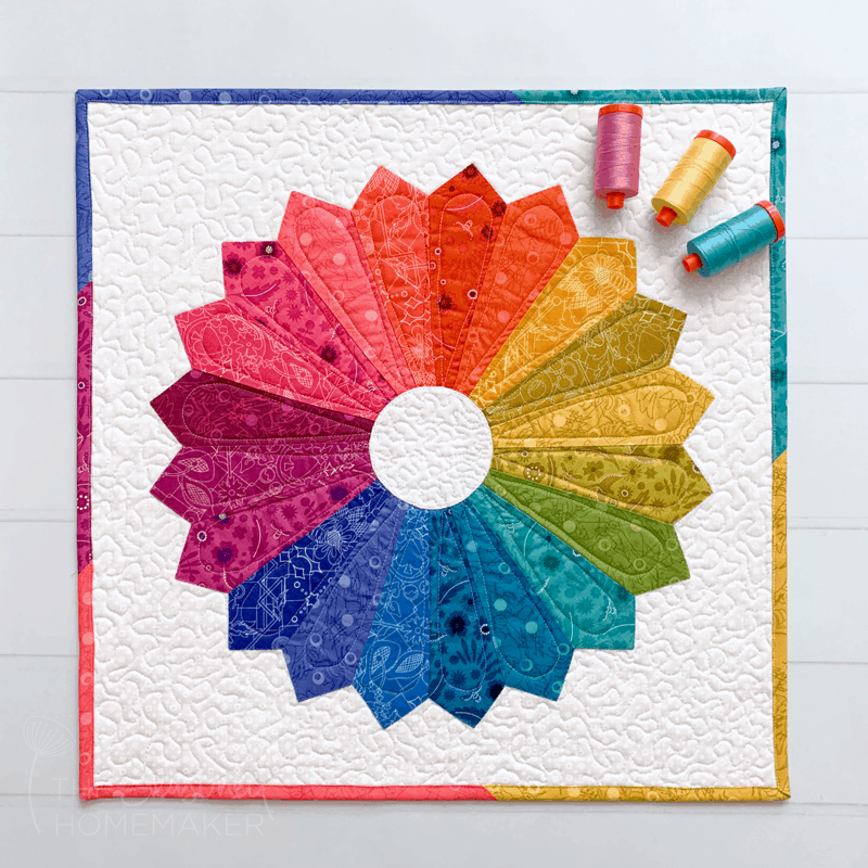 Dresden Plate Mini Quilt - finished